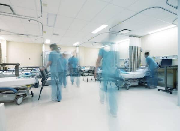 Ziekenhuiskamer - Voorkom incidenten in ziekenhuizen met Zenya RISC
